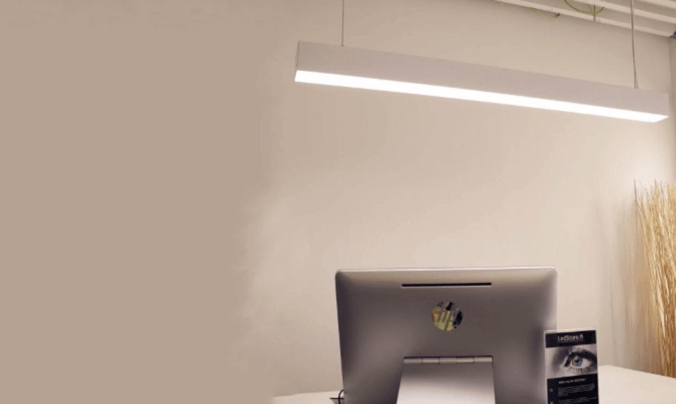 Työpistevalaisin luo tasaista valoa työskentelyyn